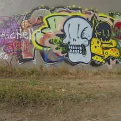 In 8 Pics: Graffiti Running & Exploring New Routes