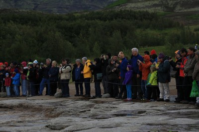 tourists_geysir